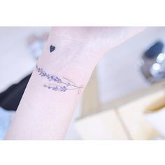 May 2019 - Cool wrist bracelet tatttos. See more ideas about Tattoos, Tattoo bracelet and Wrist tattoos. Mini Tattoos, Trendy Tattoos, Flower Tattoos, Small Tattoos, Tattoos For Guys, Tattoos For Women, Cool Tattoos, Wrist Bracelet Tattoo, Tattoo Band