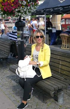 Get this look: http://lb.nu/look/8270917  More looks by Karolina Zajkowska: http://lb.nu/carolinez1  #backpack #plimsolls #yellow #stripes