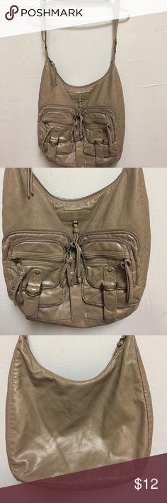 Mossimo tan purse. Women's Mossimo tan purse. Great condition. Mossimo Supply Co Bags Crossbody Bags