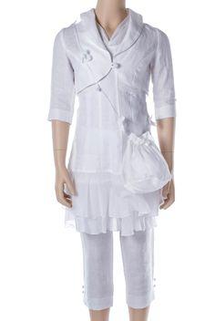 Kommunionkleid Leinen (Kombination mit Hose)      Süßes Kommunionkleid aus Leinen aus der Kollektion von MONNY     Diese Kombination best...