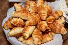 Pretzel Bites, Hot Dog Buns, Food To Make, Shrimp, Bread, Baking, Cake, Recipes, Florida