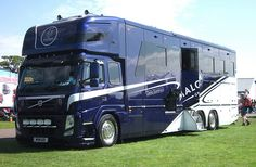 VOLVO FM ~ OAKLEY SUPREMACY Horse Box MALCOLM GROUP Brookfield Renfrewshire