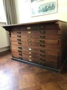 Catawiki online auction house: Architect filing cabinet - oak wood with 9 large drawers - ca. Flat File Cabinet, Filing Cabinet, Industrial Furniture, Home Furniture, Armoire, Flat Files, Large Drawers, Map Drawers, Cabinet Drawers
