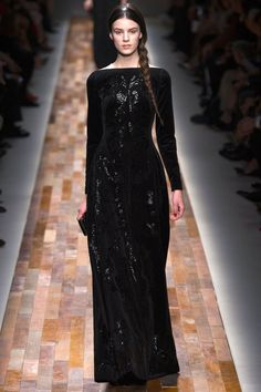 valentino-rtw-fall-winter-2013-2014-style-fashion-runway-collection-vermeer-21.jpg (552×828)