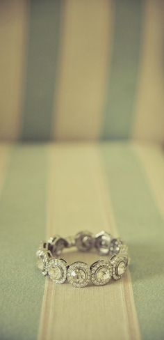 vintage right hand ring @ Wedding-Day-Bliss