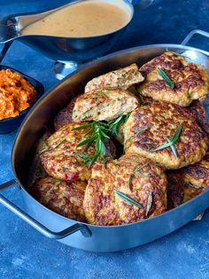 4-5 portioner Ingredienser: 500 Fall Dinner, Swedish Recipes, Lchf, Paella, Curry, Pork, Food And Drink, Meat, Chicken