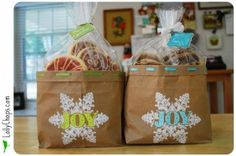 Cookie bags for my cookies this year...def. have to do this! So much cuter than the usual plastic bags.