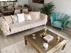 Beige Living Rooms, Home Living Room, Living Room Decor, Living Room Interior, Home Room Design, Dining Room Design, Paris Apartment Decor, Home Decor Hooks, Drawing Room Furniture