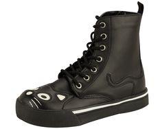 De plain! De plain! ::pfft:: These are anything but plain. T.U.K. Shoes-- #pin2wintuk