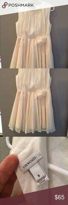 JCrew Girls Dress. JCrew Girls Dress. Size 5. Only worn once!!! My daughter was a flower girl in a wedding, hasn't worn it since. Adorable, light weight and ready for a special Spring occasion jcrew Dresses