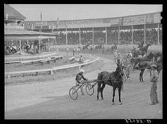 hawthorne race track photos | Odds On Racing - Harness Racing