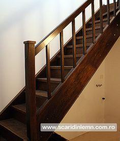 scara interioara din lemn masiv trepte mana curenta balustrii preturi Wooden Stairs, Interior, Design, Home Decor, Houses, Atelier, Wooden Ladders, Decoration Home, Wooden Staircases