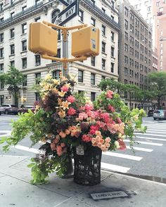 Guerilla Flower Installations on the Streets of NYC by Lewis Miller Design | Colossal