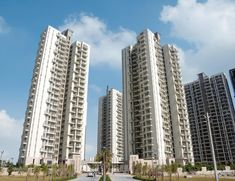 Properties for Sale in Heritage Max by Conscient Heritage Max in Sector 102 Gurgaon Pvt. Ltd. there are 3 BHK with study and Servant Room flat situated in Max Dwarka Expressway Sector 102 Gurgaon.The project is Strategically located in Sector 102 Gurgaon.
