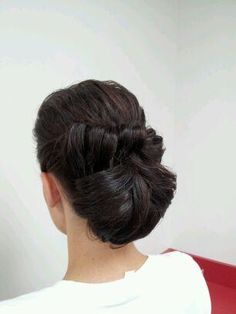 Retro wedding hair