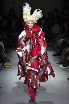 Comme des Garçons Spring 2015. See the whole collection on Vogue.com.