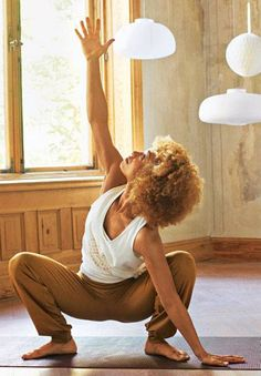 "Relaxed through the day with fascia yoga-Mit Faszien-Yoga entspannt durch den Tag New BRIGITTE DVD ""Yoga"": Relaxed through the day with fascia yoga BRIGITTE. Yoga Fitness, Fitness Workouts, Fitness Motivation, Iyengar Yoga, Ashtanga Yoga, Vinyasa Yoga, Pilates Workout Routine, Pilates Yoga, Pilates Reformer"