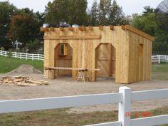 Life at Fauna: New Horse Shelter/ Abris pour les chevaux