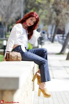 Redhead Illusion - Off the shoulder - Sexy and feminine! Clogs Outfit, Clogs Shoes, Wooden Sandals, Wooden Clogs, Denny Rose, Kick Flare Jeans, Rose Shirts, Sexy High Heels, Off The Shoulder