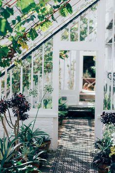 Decoración de jardines  http://stylelovely.com/galeria/decoracion-de-jardines/