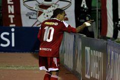 Rómulo Otero celebra su gol ante el Aragua FC.