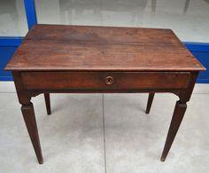 Tavolino piccolo scrittoio '700 Luigi XVI in noce gamba strozzata