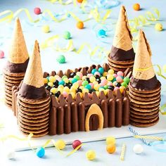 Birthday Cakes For Teens, Homemade Birthday Cakes, Adult Birthday Cakes, Chocolate Recipes, Chocolate Cake, Birthday Cake Flavors, Gravity Cake, Birthday Cake Decorating, Girl Cakes