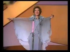 ▶ Eurovision 1976 - Netherlands - Sandra Reemer - The party is over now - YouTube