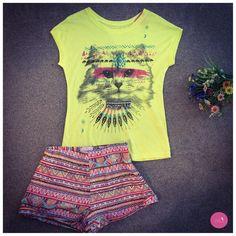 Short de estampa étnica + t-shirt , uma produção com cores e tendências! #Vemprazas