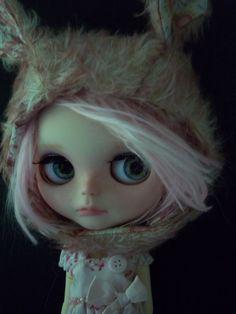 RÉSERVÉ pour Mariko  poupée Blythe Custom OOAK par ArtDollKeepsakes