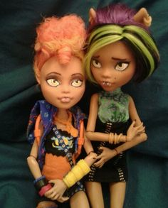 OOAK Monster High Howleen and Clawdeen Repaint Set | eBay