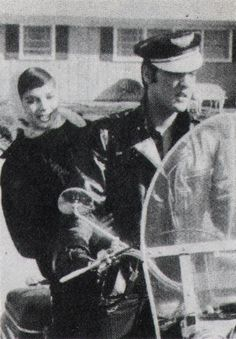 picture taking on 1 nov 1956 with Nathalie Wood