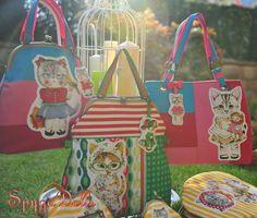Colección Lady Cats Para más información acerca de estas piezas o cualquier otra consulta, os atendemos en spygadolls@gmail.com