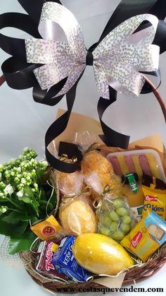 Balloon Gift, Hamper, Balloons, Banana, My Style, Ideas, Gifts, Beer Basket, Newspaper Basket