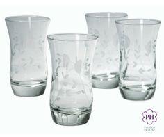 Sirve tu bebida favorita en los Vasos de 10 oz. Princess Heritage®. Su diseño moderno y elegante complementa cualquier vajilla.