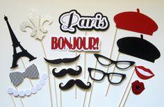 SALE . 20% OFF . Paris Photo Booth Props . por PiccadillyPartyCo