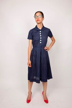 Peter pan collar, I love you!  Also, dress, be mine.