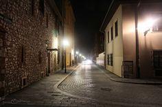 Cracow night... by januszzolnierczyk