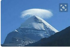 Kailash in Tibet Wallpaper Photo Gallery, Kailash Mansarovar, Lenticular Clouds, Mountain Photography, Top Of The World, Beautiful Landscapes, Cool Places To Visit, Cool Photos, Scenery