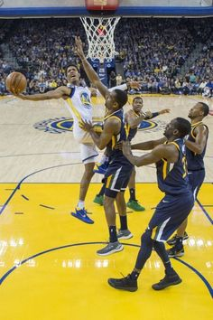 Warriors Hit Right Note in Rout of Jazz -12/27/17 Warriors outscored Jazz by 24 points in second half on way to 126-101 win. #KevinDurant led with 21 points on 10 shots, #DraymondGreen 14 points, 8 rebounds 8 assists, #PatrickMcCaw notched season-high 18 points, #KlayThompson moved into tie for third with Dana Barros at 89 consecutive games with a 3-pointer. #StephenCurry, who did not play, has the NBA record of 157 games. Warriors improve their league-leading record to 28-7.