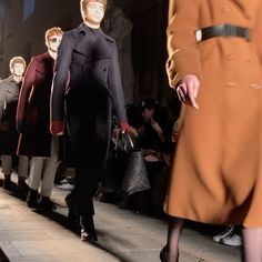 The master of precision Tomas Maier's Bottega Veneta F/W 2017 offering boasts the ultimate tailoring with square shoulder cut as close as the sharp pencil sketches. #mfw #milan #bottegaveneta  via HARPER'S BAZAAR SINGAPORE MAGAZINE OFFICIAL INSTAGRAM - Fashion Campaigns  Haute Couture  Advertising  Editorial Photography  Magazine Cover Designs  Supermodels  Runway Models