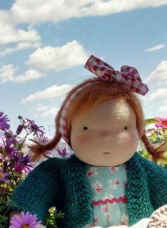 Clara muñeca estilo Waldorf de 35 cm 14