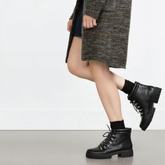 Image 2 of FLAT MOUNTAIN BOOTS from Zara