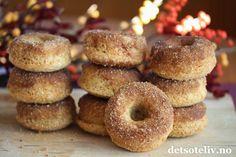 Donuts med kanelsukker (Baked Cinnamon Doughnuts)