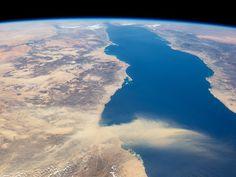 scinexx | Staub über dem Roten Meer: Astronauten-Blick über die Plattengrenze zwischen Afrika und Arabien