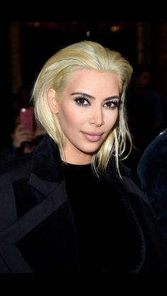 Platinum blonde love Kim Kardashian new look^^
