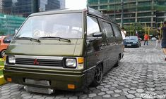 T3 Vw, Mini Vans, Custom Cars, Toyota, Wheels, Racing, Vehicles, Car Tuning, Rolling Stock