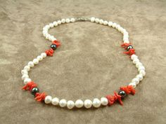 White and Black Pearl Necklace with Corals Κολιέ με by AkoyaPearls, €75.00