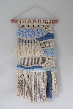 Weaving Wall Hanging, Weaving Art, Loom Weaving, Tapestry Weaving, Wall Hangings, Macrame Design, Macrame Art, Macrame Projects, Macrame Patterns
