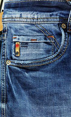 Denim Fashion, Fashion Pants, Looks Jeans, Camisa Polo, Denim Jeans Men, Denim Fabric, Denim Outfits, Jean Dress Outfits, Men's Denim